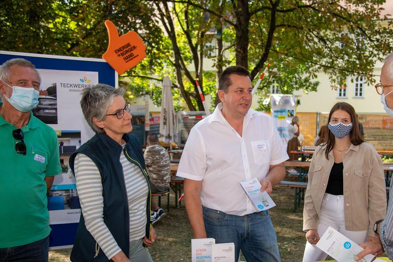 Aufnahme von Mitarbeitenden der Teckwerke während der Nachhaltigkeitstage in Kirchheim unter Teck.